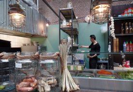 Culinaire verwennerij in de Foodhallen Amsterdam