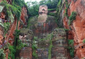 The giants of Chengdu: panda and buddha