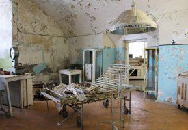 Alleen in de Patarei gevangenis in Tallinn