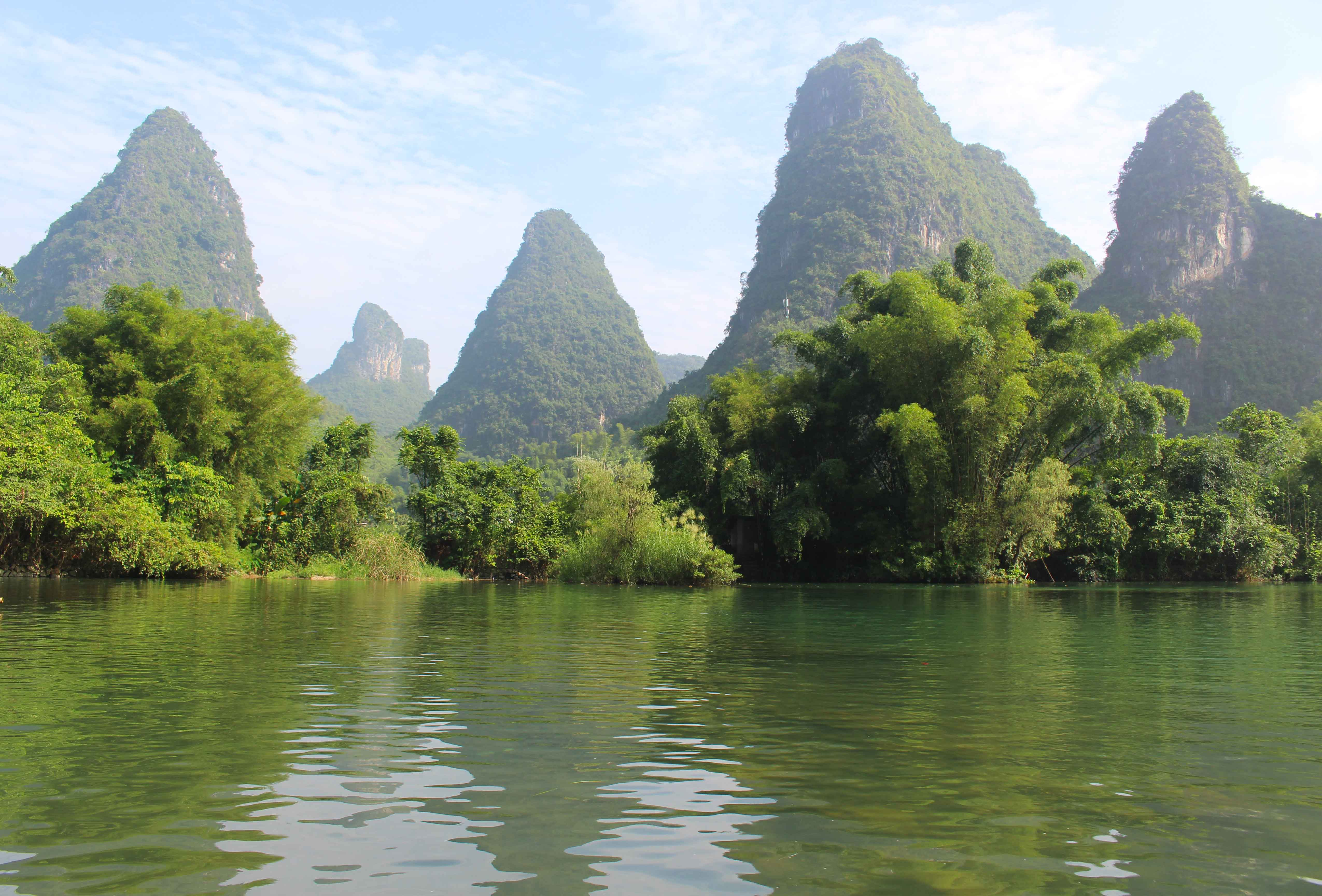China Passing The Mystic Karst Mountains Of Yangshuo Go
