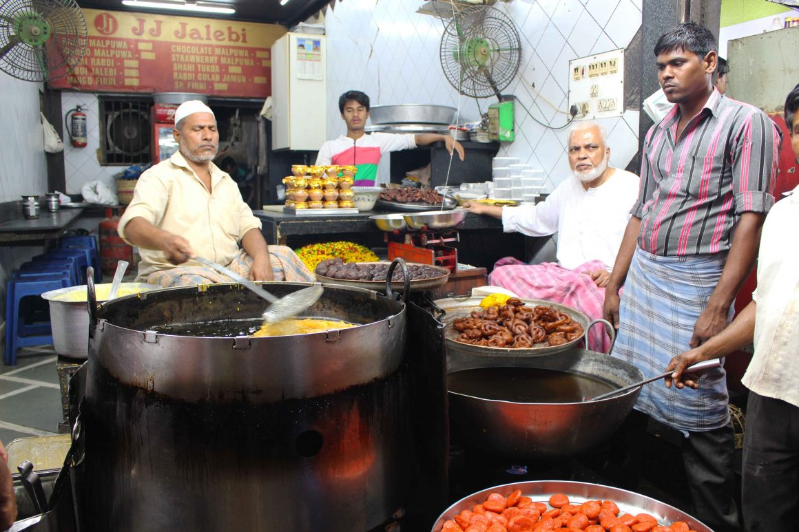 Street food tour Mumbai India