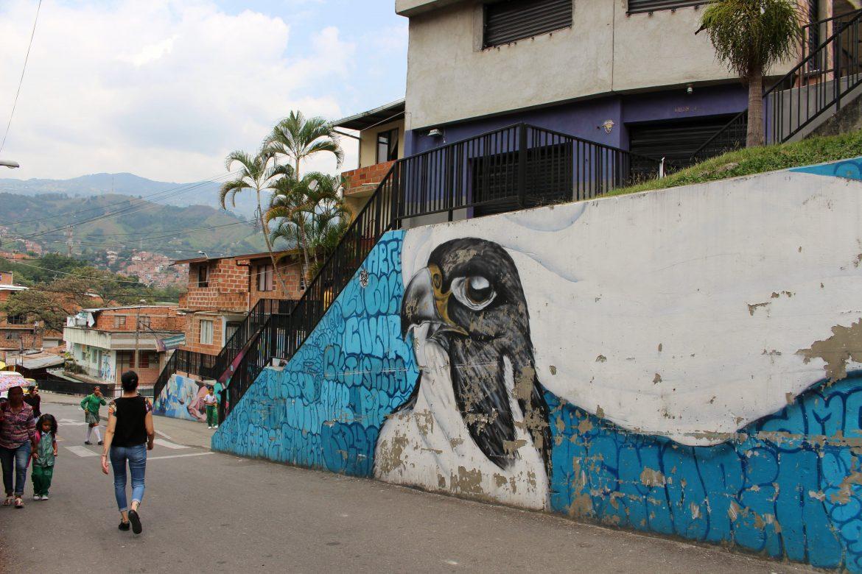 Street art Medellin Comuna 13 2