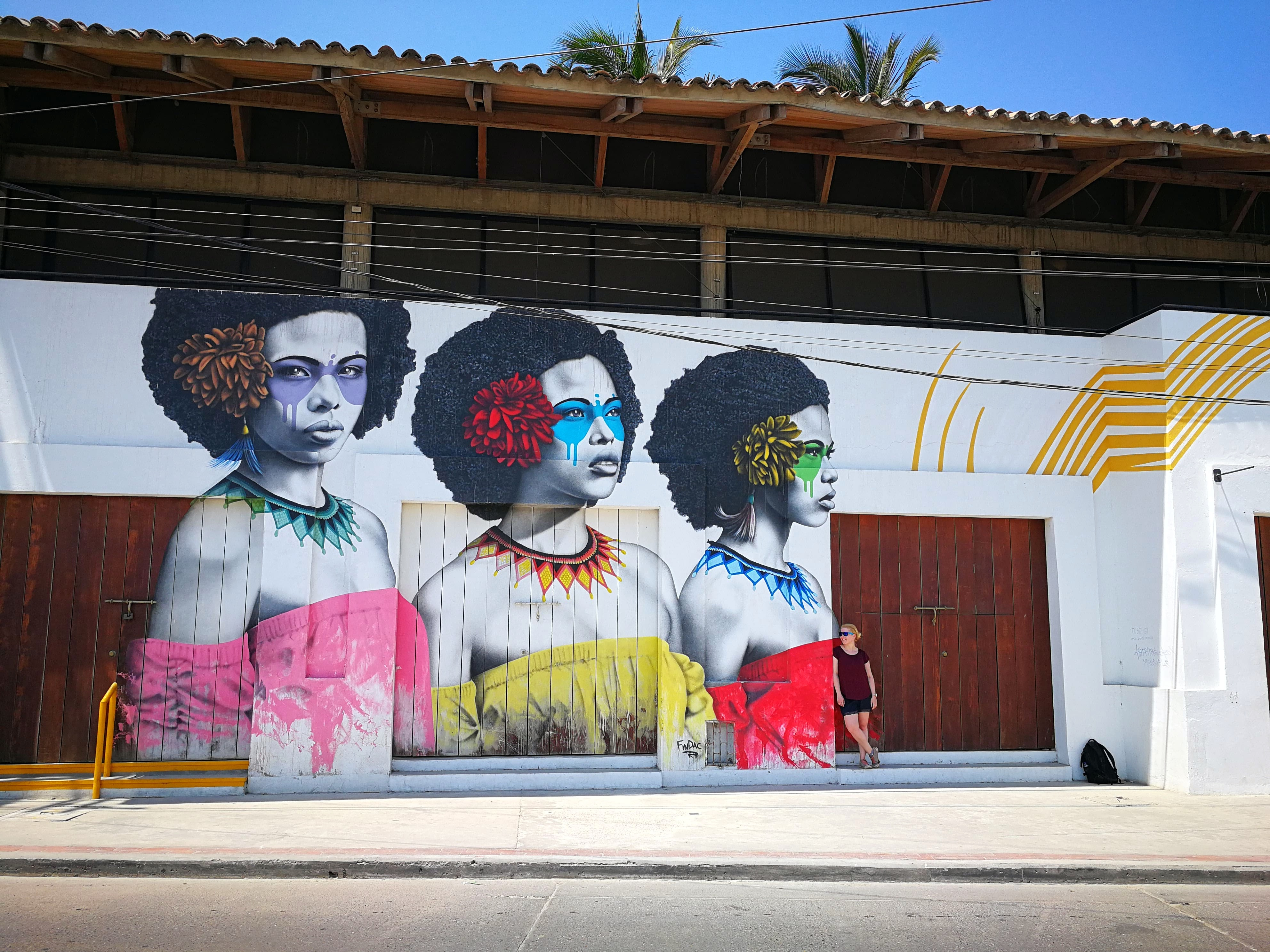 Street art Getsemani ladies
