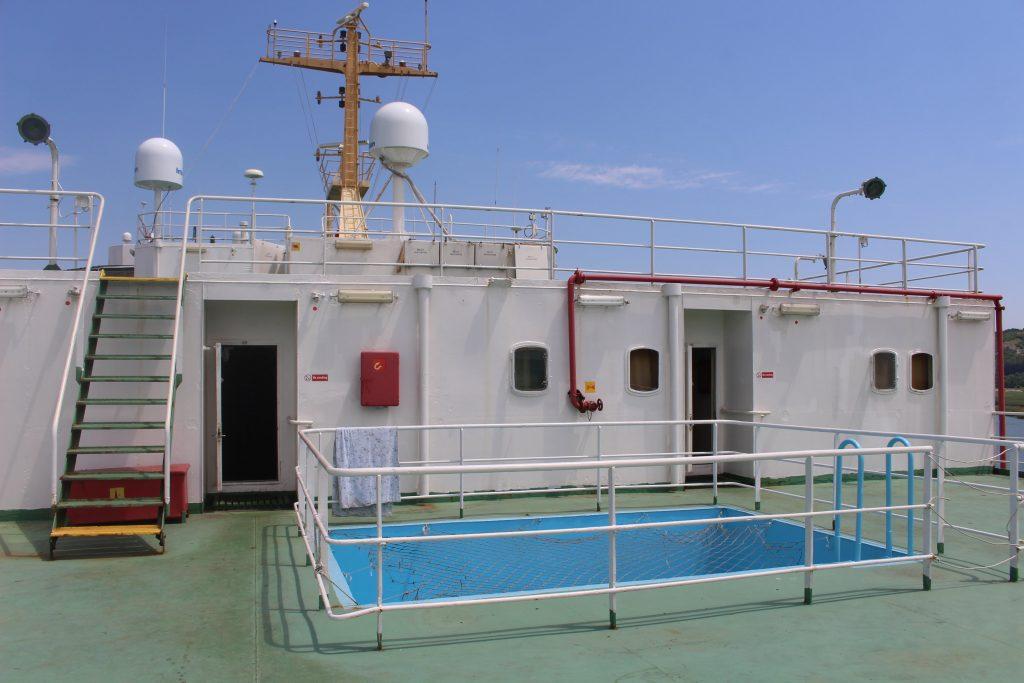 Vrachtschip zwembad
