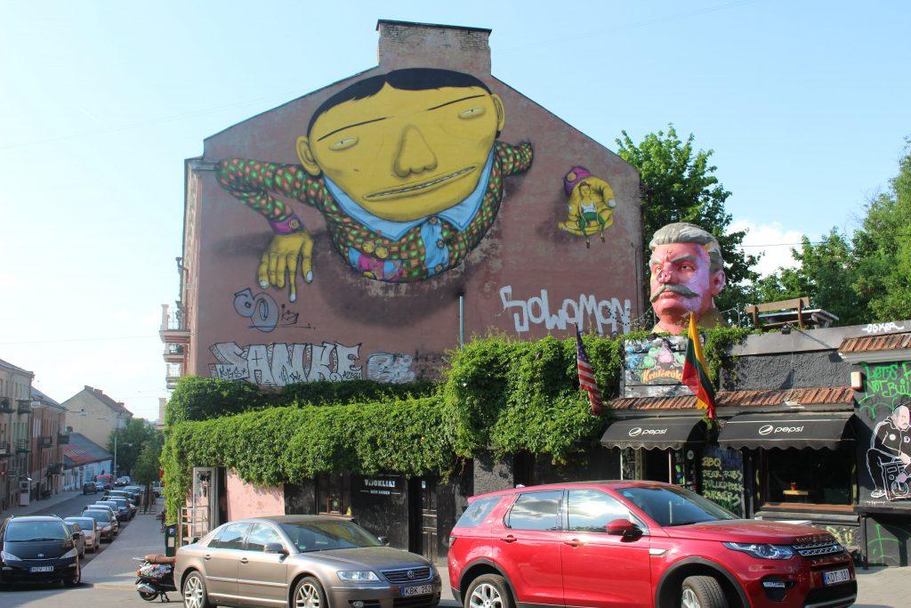 Os Gemeos Vilnius painting