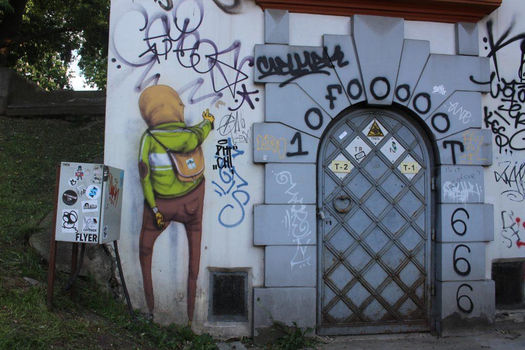 Os gemeos painting Vilnius